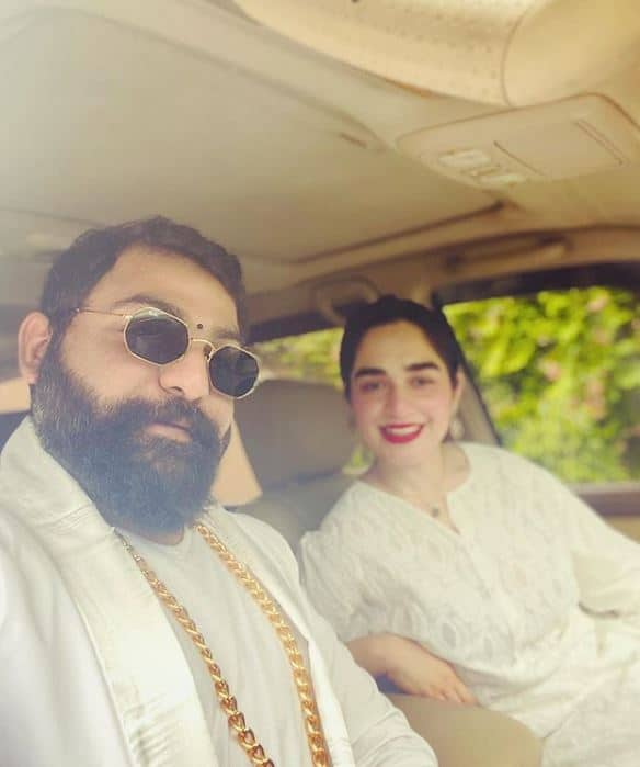 Designer Ali Xeeshan Unique and Stylish Outfit with His Wife Got everyone's Focus
