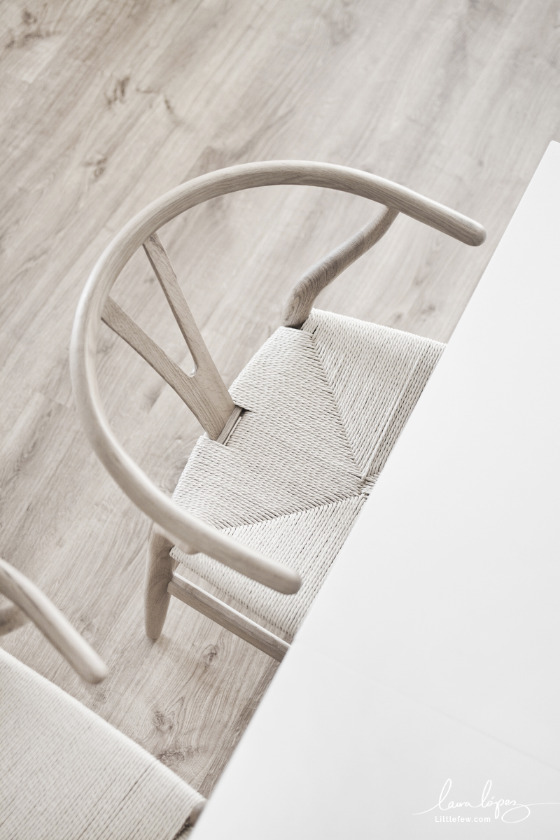 Sillas Wishbone para el salón y el espacio de trabajo / Wishbone chairs for the living-room and workspace
