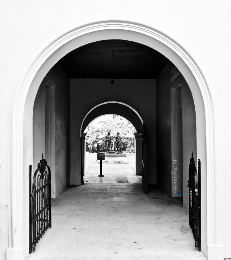 #17 of 20 pretty archways around the world; this one spotted in St. Augustine, Florida | Ms. Toody Goo Shoes