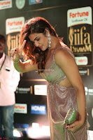Telugu Actress Aarthi in Deep Neck Backless Golden Gown at IIFA Utsavam Awards 2017 Exclusive 22.JPG
