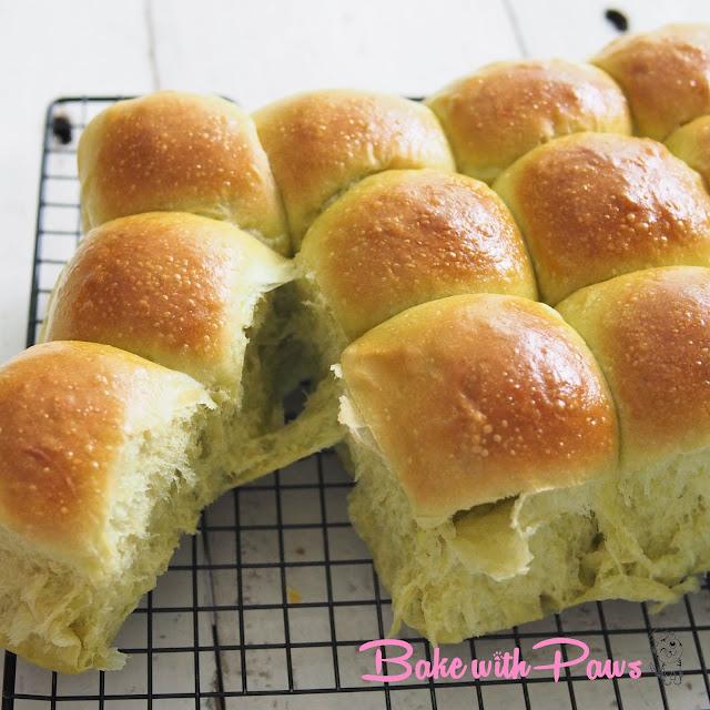 Sourdough Pandan Soft Bread Buns