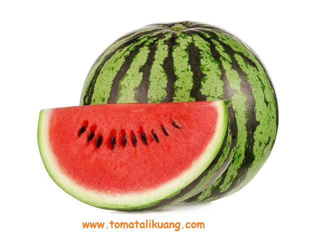 cara memilih semangka yang bagus manis merah tomatalikuang.com