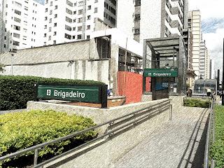 Estação Brigadeiro - Metrô na Avenida Paulista