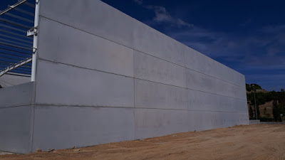 Paneles-macizos-fabricados-cerramiento-naves