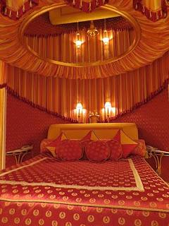 Tampil Hotel Mewah Burj Al Arab di Dubai - 8