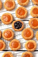 """Migdałowe oczka - """"Thumbprint Cookies (bez glutenu, wegańskie)"""