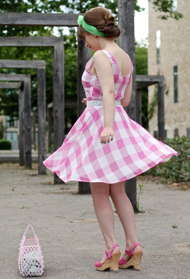 Bright & Beautiful Lizzy 60s sundress pink oversized gingham