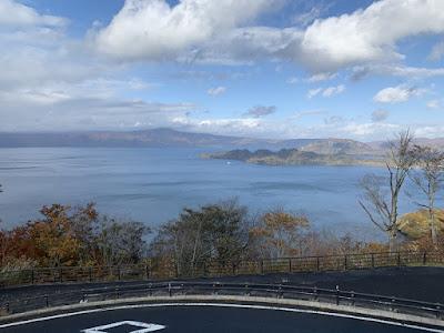 発荷峠から見る十和田湖