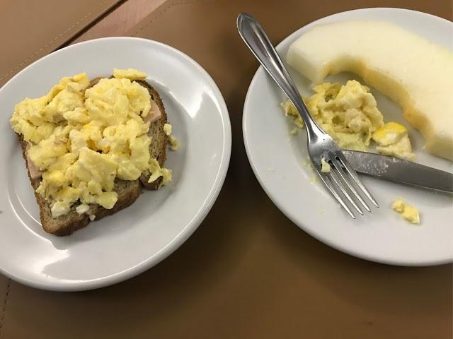 Café da manhã no Hotel CastelMar Florianópolis