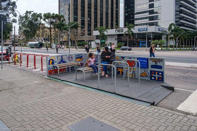 Vaga Viva Rio Belém - um parklet em Curitiba