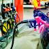 Gobierno baja la gasolina y sube gas de cocina