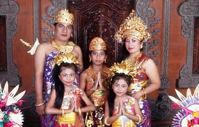 Kebudayaan Bali Indonesia : Lengkap