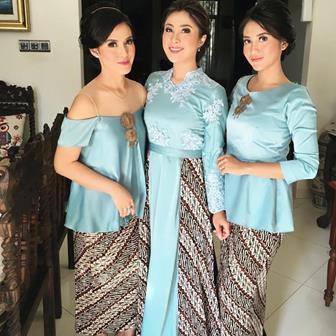 Memilih Model Dan Warna Gaun Pesta Muslimah Malam Hari