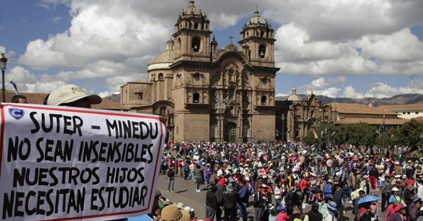 Cinco claves para entender huelga indefinida de docentes del Cusco