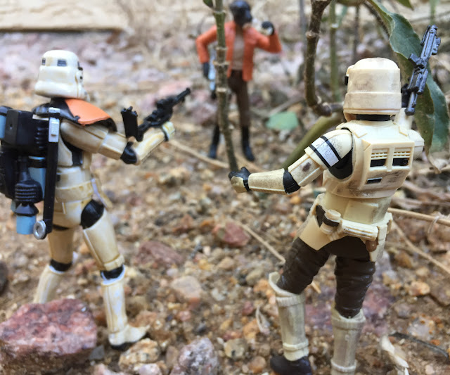 2016 Scarif Trooper Squad Leader, 3.75 Black Series, Shoretrooper, Rogue One, Star Wars, Wal Mart Exclusive, Bistan, Ponda Boba, Walrusman, Sandtrooper, Edrio Two Tubes