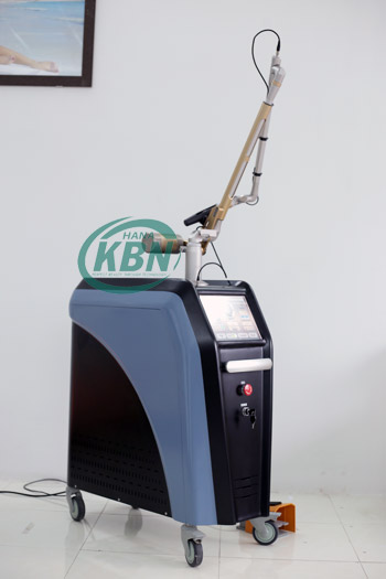 trị nám máy Laser Q-Switched Picosecond