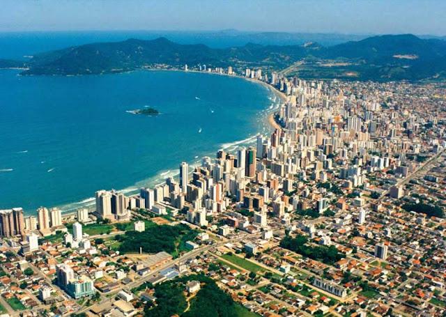 Vista aérea de Balneário Camboriú - SC