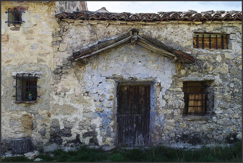 La Nogueruela. Casa pintoresca