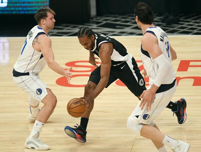 NBA playoffs (Photo by Kevork Djansezian/Getty Images)