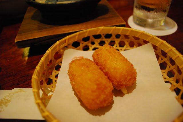 Croquette. Crab Kani Doraku Douraku restaurant Tokyo. Tokyo Consult. TokyoConsult