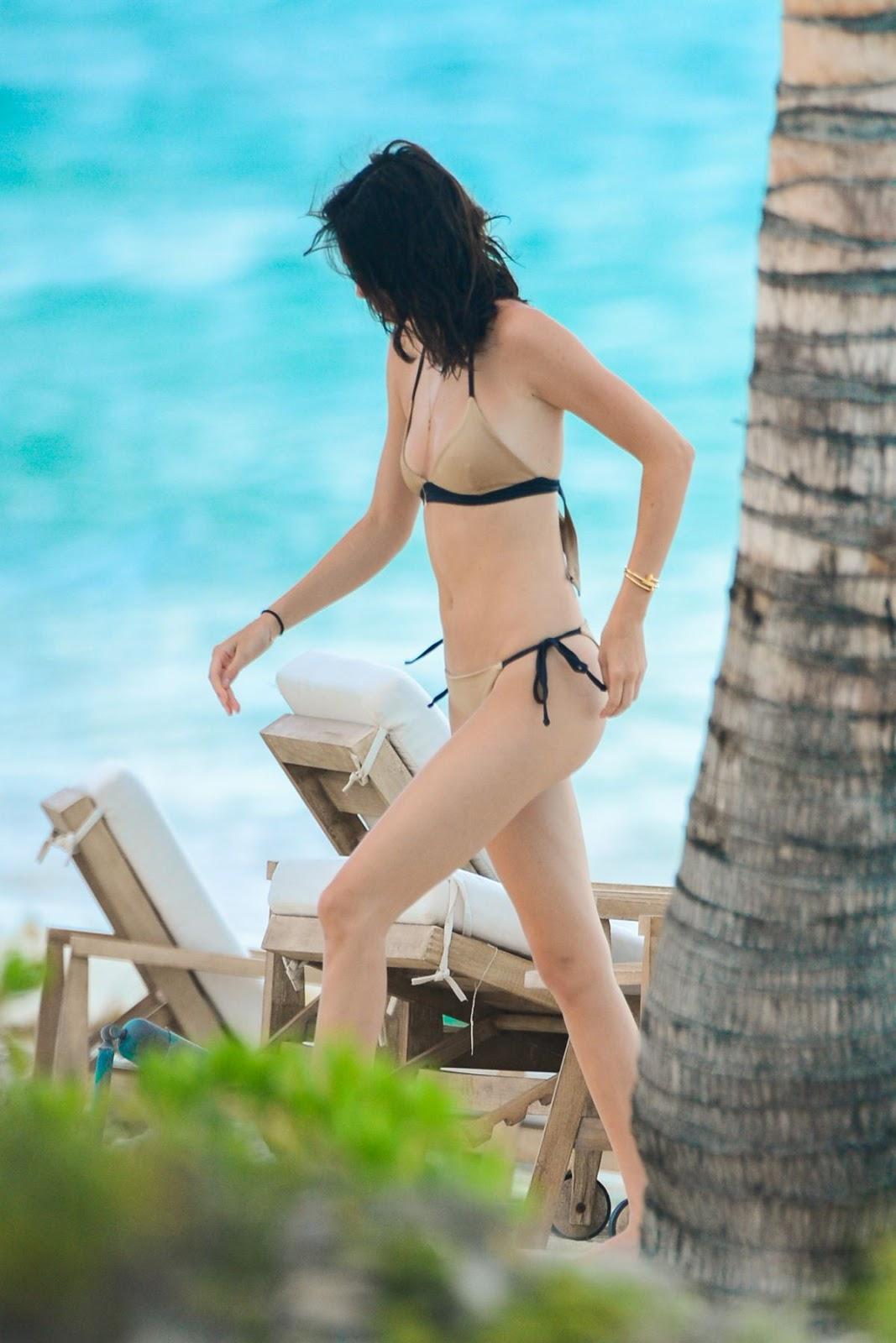 Image Result For Atria Loni Seksi Bikini Model Hot Indonesia