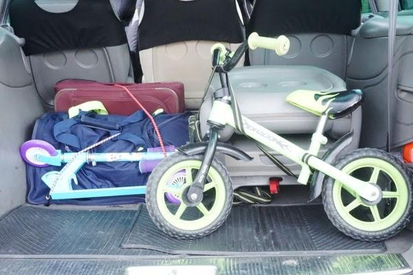 bezpieczne auto - odpowiednio zabezpieczone bagaże