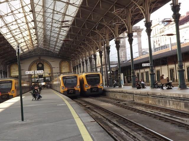 plataformas da estação São Bento