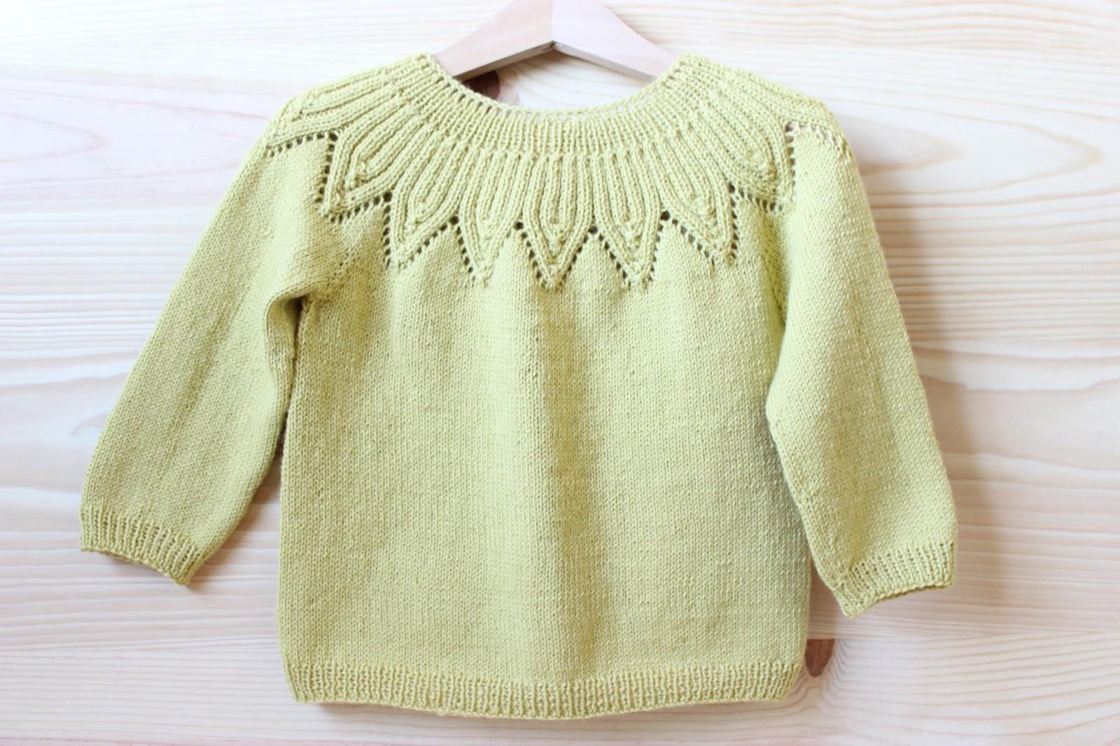 mariposa tricotosa: Nuevo patrón: jersey con escote en hojas de canalé