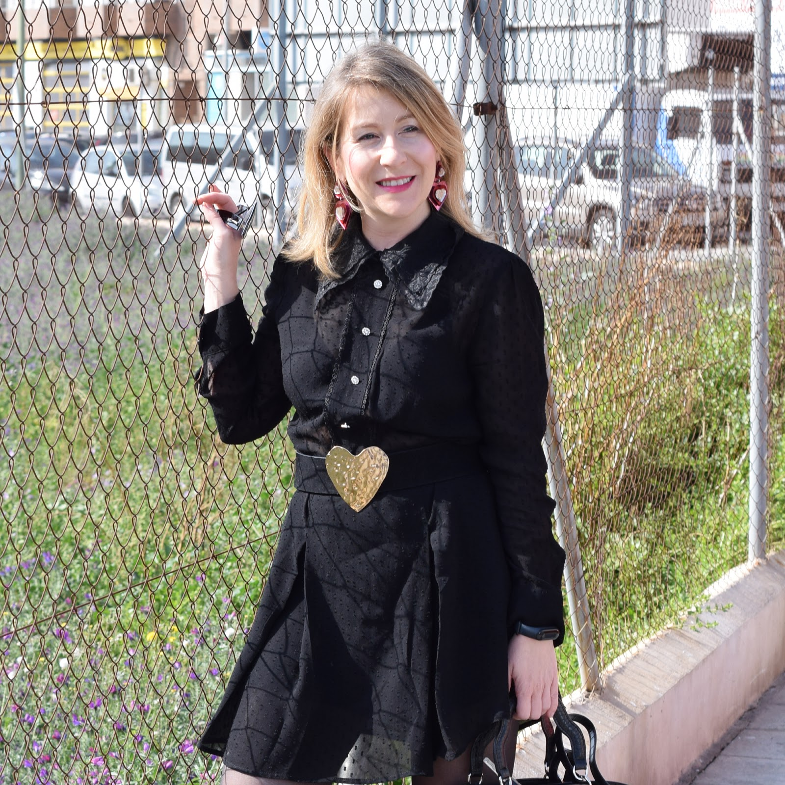 Mono_negro_total_black_look_winter_spring
