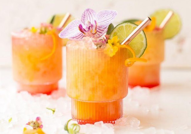 Pineapple Mango Rum Punch #drinks #rum