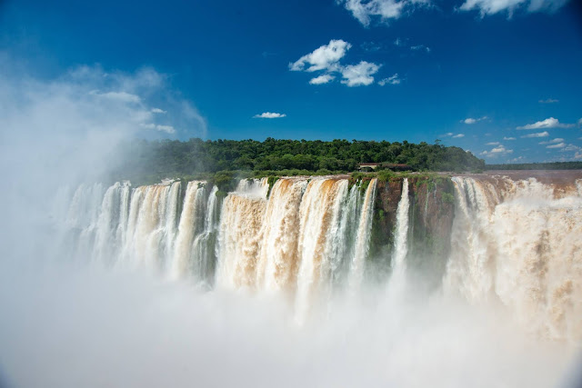 Iguazu Falls: Pictures, Facts, and Travel Tips
