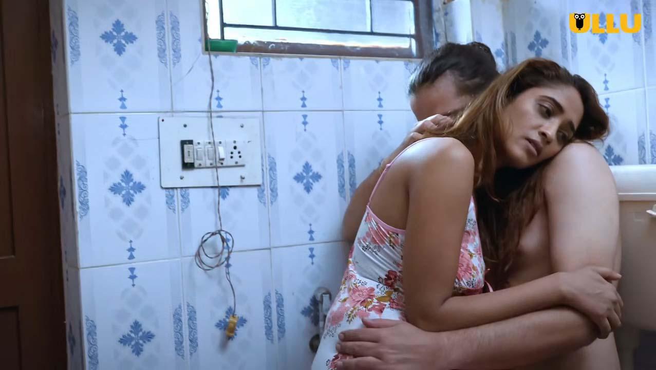 Charmsukh-Toilet-Love-2021-Ullu-Webseries-cast