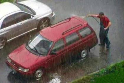 Dampak Air Hujan Pada Cat Mobil