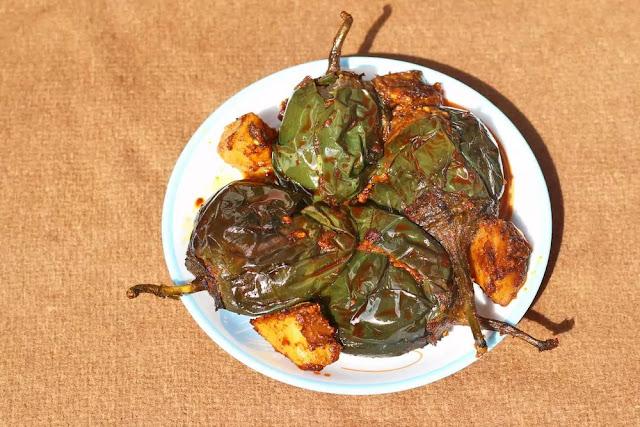 Bharwan Baingan Recipe in Hindi