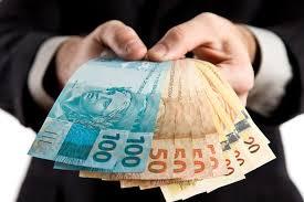 Câmara paga metade do 13º salário e presidente sugere o mesmo da prefeitura