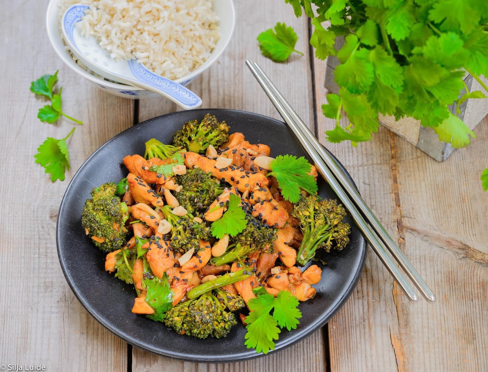 c956f502667 Kirjutasin paar nädalat tagasi Laupäevaleht LP-s brokolist ja selle  suhteliselt uuest ristandist broccolini'st ning jagasin ka paari retsepti.