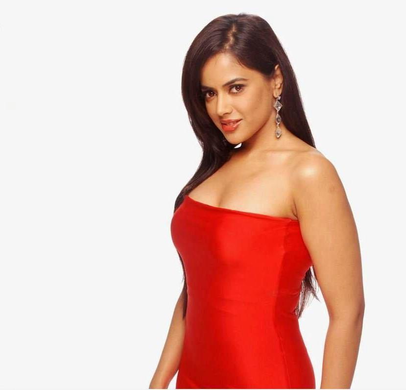 Bollywod hot actress Sameera Reddy hot photos,videos,pics ...