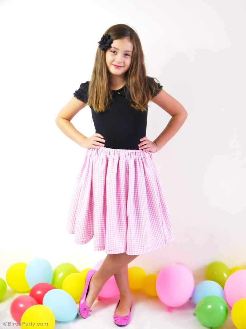 Easy DIY Party Skirt Video Tutorial, perfect for birthdays or a Halloween costume | BirdsParty.com