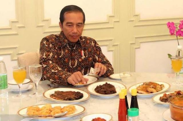 Hensat: Pak Jokowi Belum Menolak Isu Perpanjangan Masa Jabatan sampai 2027
