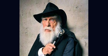 James Randi, Magician, Debunker of Paranormal Claims, Dies at 92