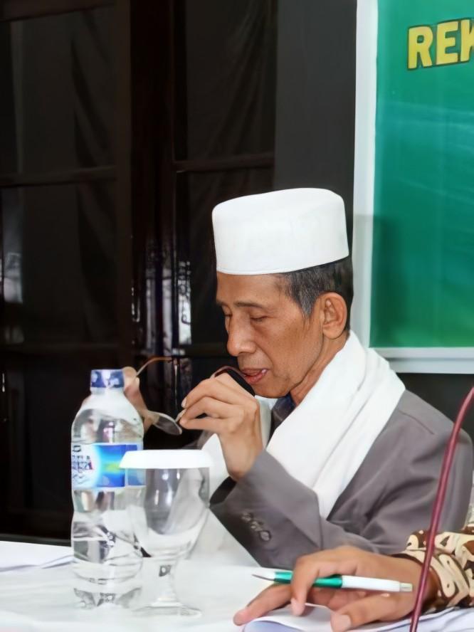 50+ Kumpulan Foto KH. Zainal Abidin Munawwir Krapyak Yogyakarta (HD)