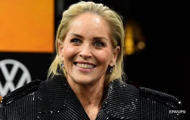 Постаріла Шерон Стоун показала обличчя без макіяжу