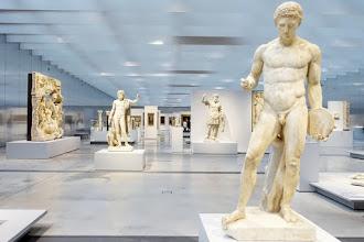 Ailleurs : La Galerie du Temps, le coeur vibrant du Musée du Louvre Lens