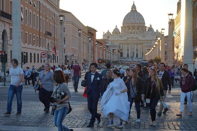 Vatikaani, kaunein nähtävyys Italiassa - lapsiperhe matkustaa Roomaan
