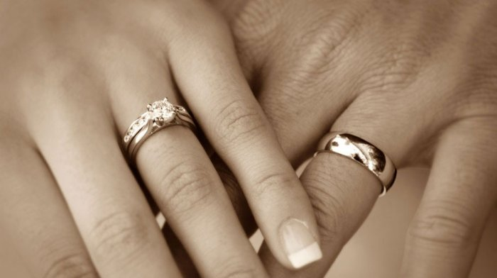 Как лучше выбрать обручальные кольца?