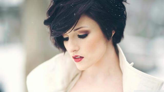 Modne krótkie fryzury damskie do różnych typów włosów