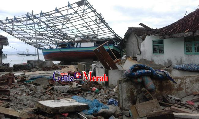 Dampak Tsunami Selat Sunda, 230 Keluarga Pulau Legundi Masih Bertahan Dipengungsian