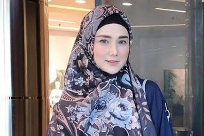 Saut Situmorang Tak Bermaksud Nyinyir Unggahan Kaca Mata 'Gucci', Hanya Ingatkan ,   Mulan Jameela: Saya Beserta Gerindra Siap Jaga Kebersihan dari Korupsi