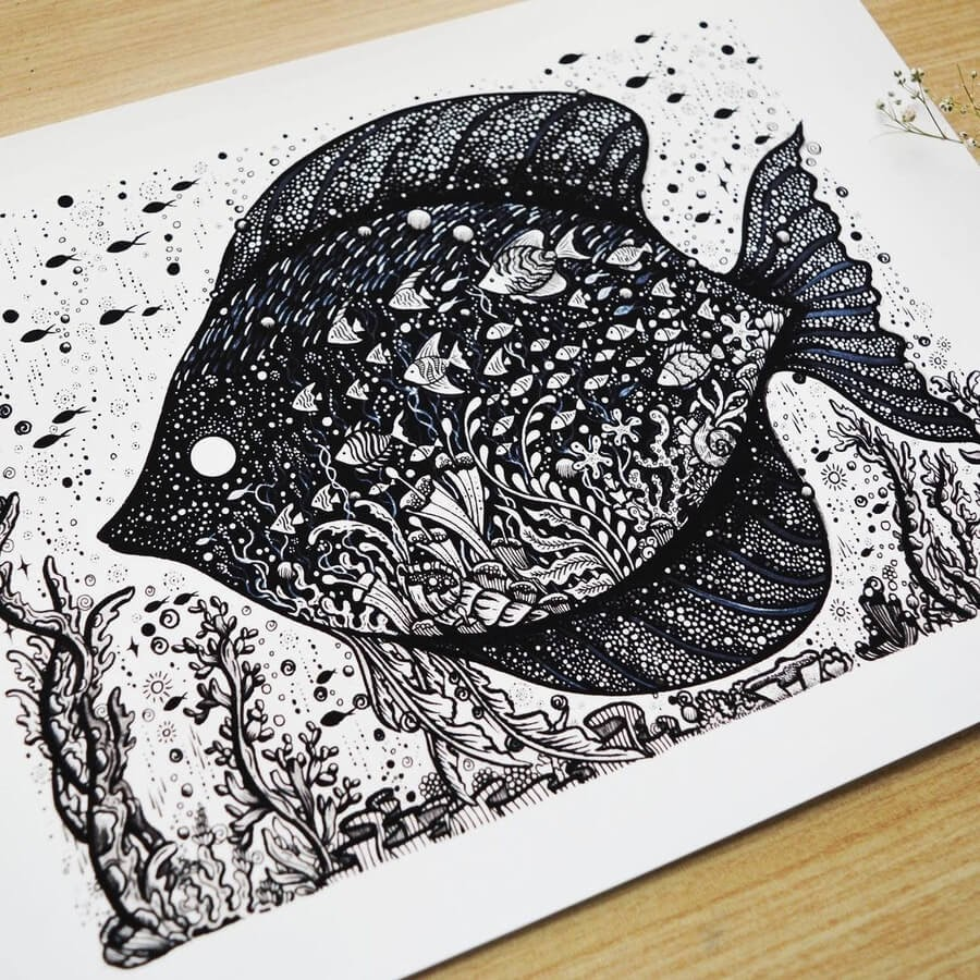 08-A school of fish-Melpomeni-Chatzipanagiotou-www-designstack-co
