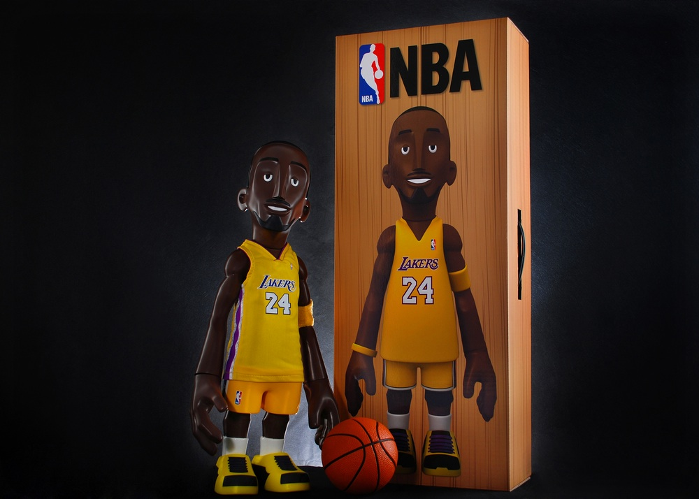 """MINDstyle x CoolRain NBA Kobe Bryant Home Yellow Lakers Jersey Edition 18"""" Vinyl  Figure 419f79e61"""